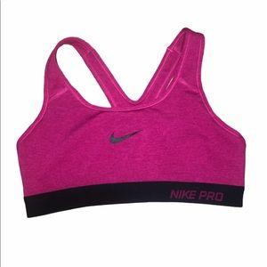 😀Nike pro size small sports bra